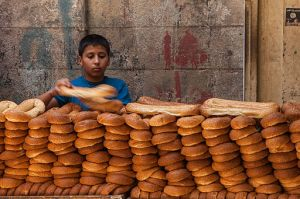 Bread_shop_in_the_street